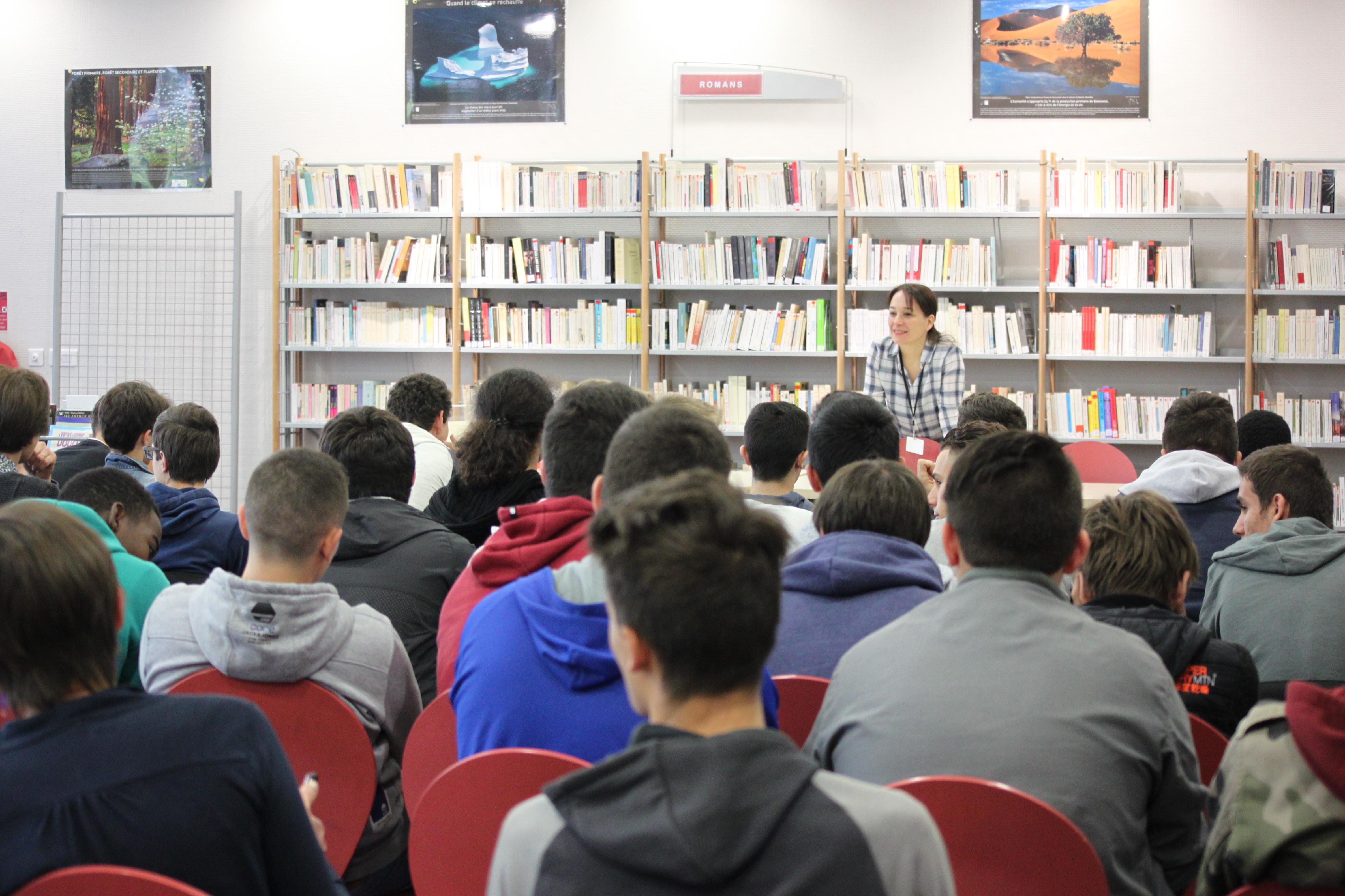 Rencontres d'auteurs en lycée :  inscription !