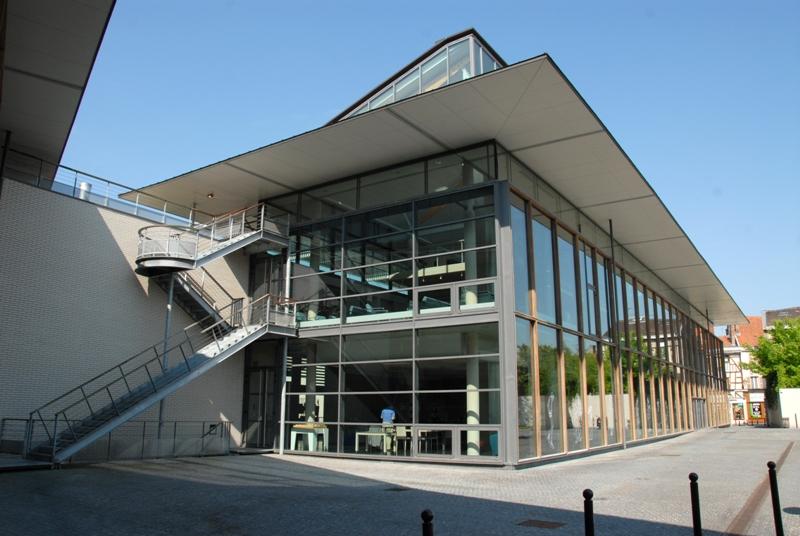 Châlons-en-Champagne : la bibliothèque, c'est gratuit!